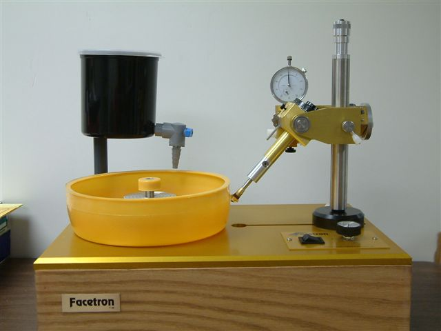 Facetron Faceting Machine: A 96 gear is mounted on the machine
